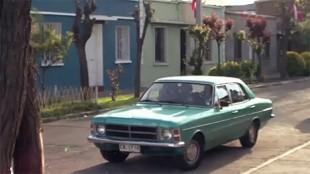 Fotograma de Titanes, cortometraje dirigido por Edison Cájas y ambientado en el Chile de los '80.